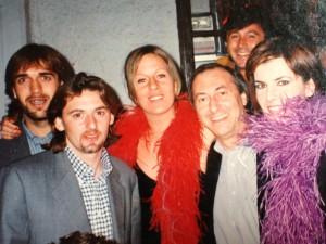 Gabriel Batistuta, Beppe Signori, io, Piero Gagliardelli, allora in Rebook, Federica e dietro Tino Silvestri della Wea, alla nostra festa di compleanno al Dixieland